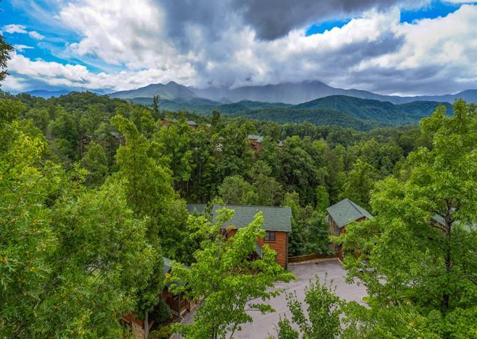 Gatlinburg - Cherokee Dream's Lodge - Exterior View