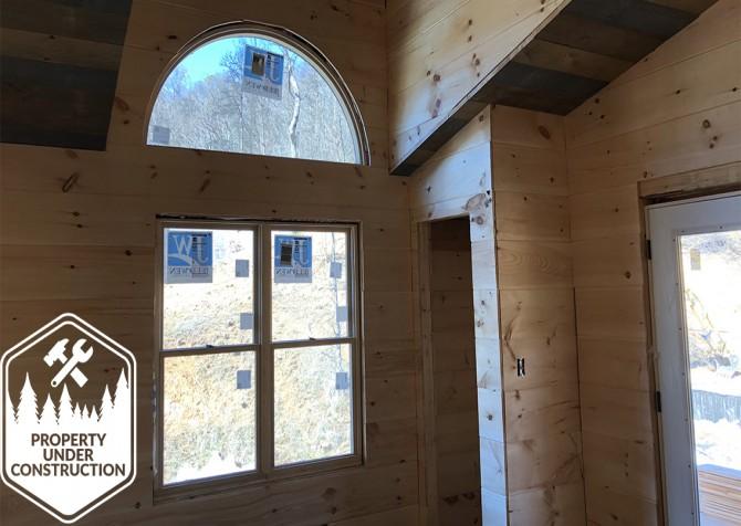 Gatlinburg - Cherokee Dream's Lodge - Living Room