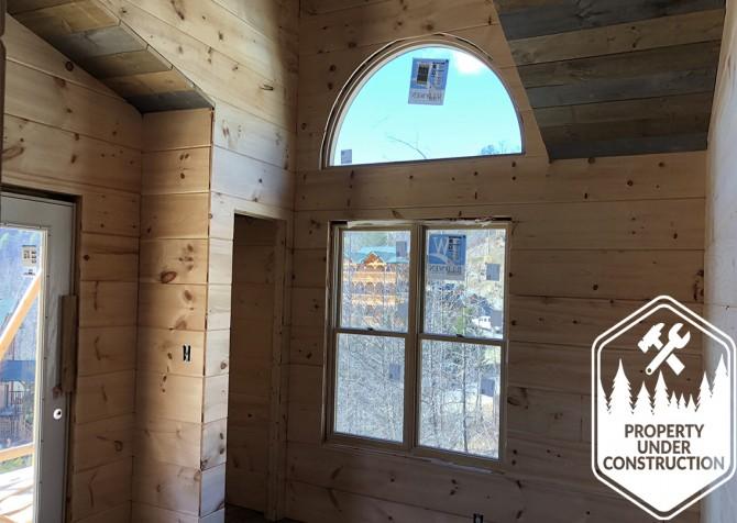 Gatlinburg - Cherokee Dream's Lodge - Bedroom