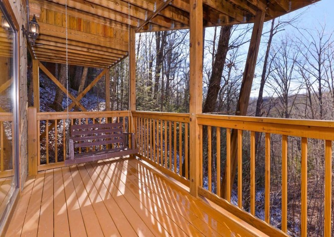 Gatlinburg - A Dream to Night - Deck
