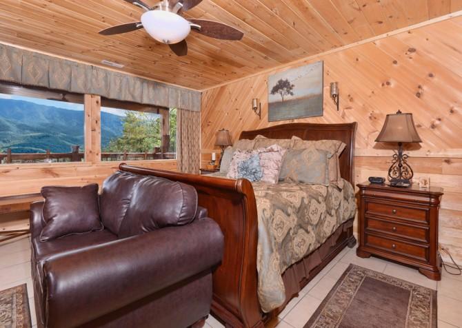 Gatlinburg - A Luxury View - Bedroom