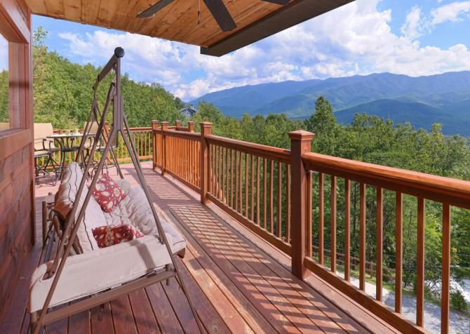 Gatlinburg - A Luxury View - Deck Swing