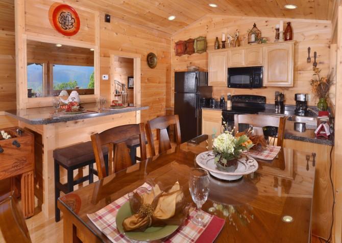 Gatlinburg - A Luxury View - Dining