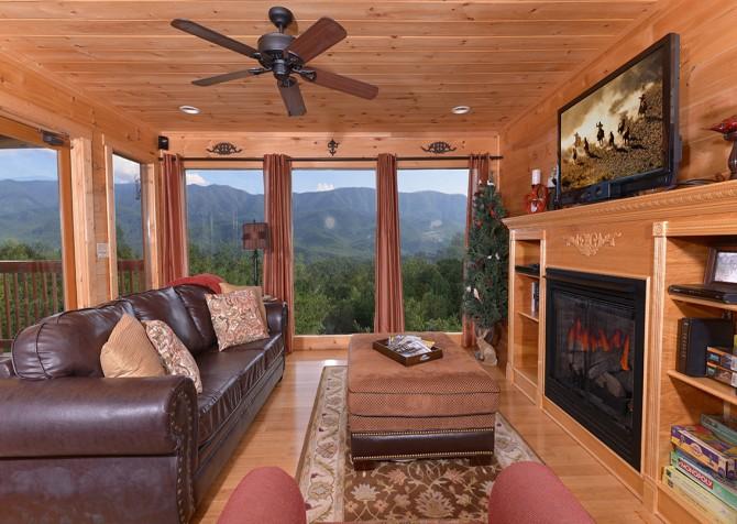 Gatlinburg - A Luxury View - Living Room