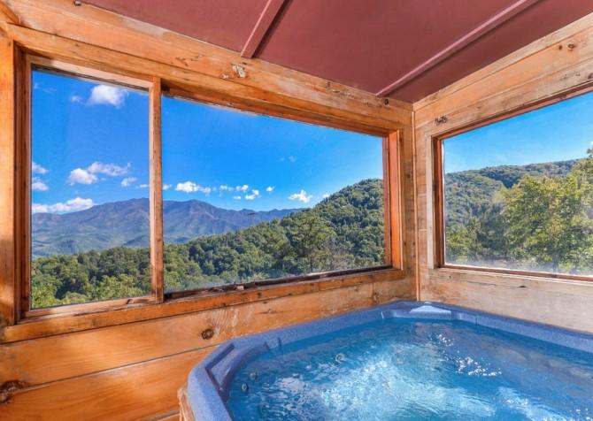 Gatlinburg - A Million Dollar View - Hot Tub