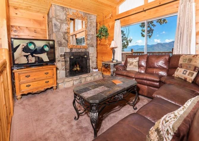 Gatlinburg - A Million Dollar View - Living Room