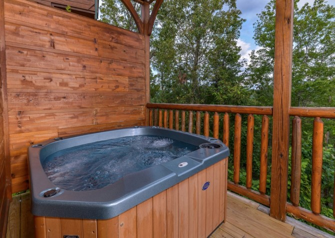 Pigeon Forge - Morning Glory - hot tub