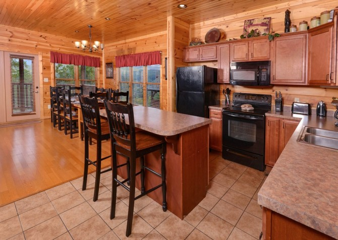Pigeon Forge - Morning Glory - kitchen