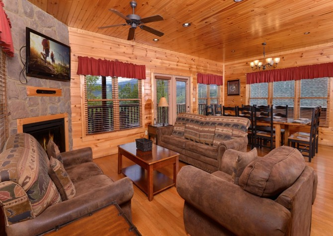 Pigeon Forge - Morning Glory - living room