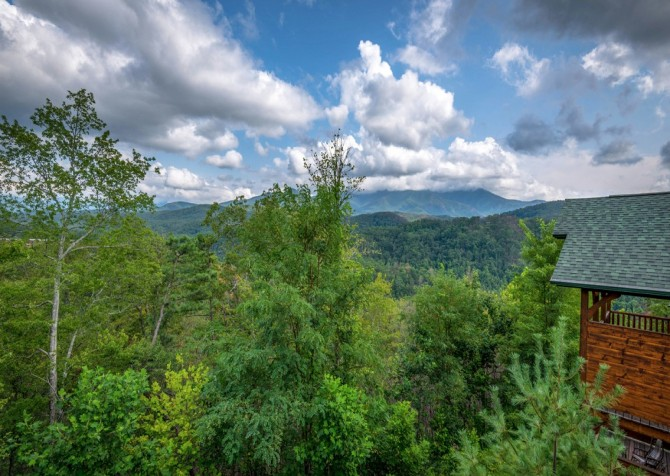 Pigeon Forge - Morning Glory - view
