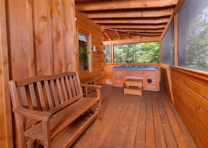 Gatlinburg Cabin- Nature's Splendor - Outdoor Hot Tub