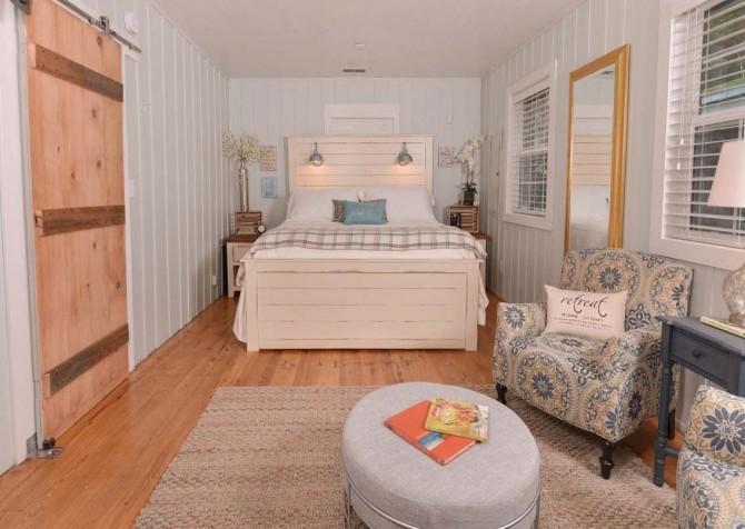 Gatlinburg Cabin- On River Time – Bedroom