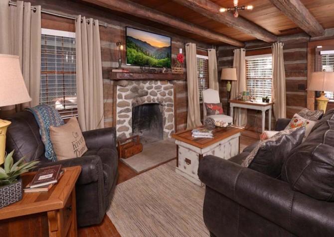 Gatlinburg Cabin- On River Time – Living Room