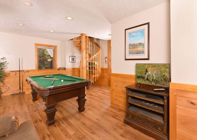 Gatlinburg Cabin- Our Mountain Home – Rec Room