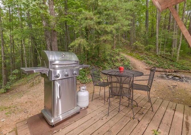 Gatlinburg Cabin- Powdermill Lodge – Grill