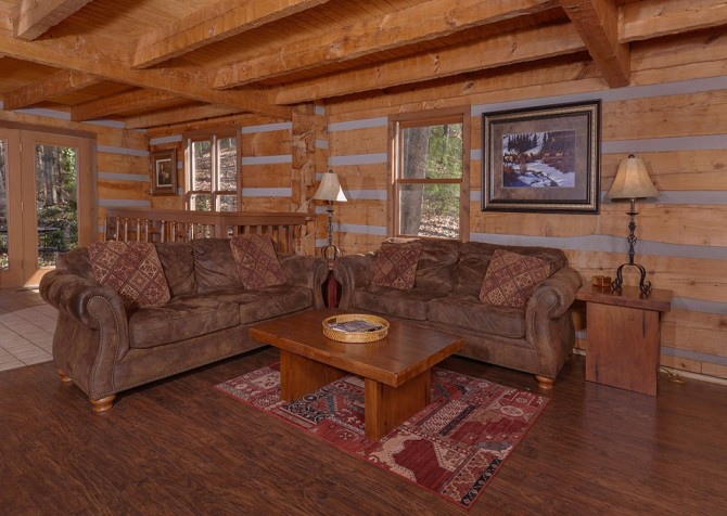Gatlinburg Cabin- Powdermill Lodge – Living Room