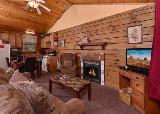 Gatlinburg Cabin- Precious Moments – Living Room