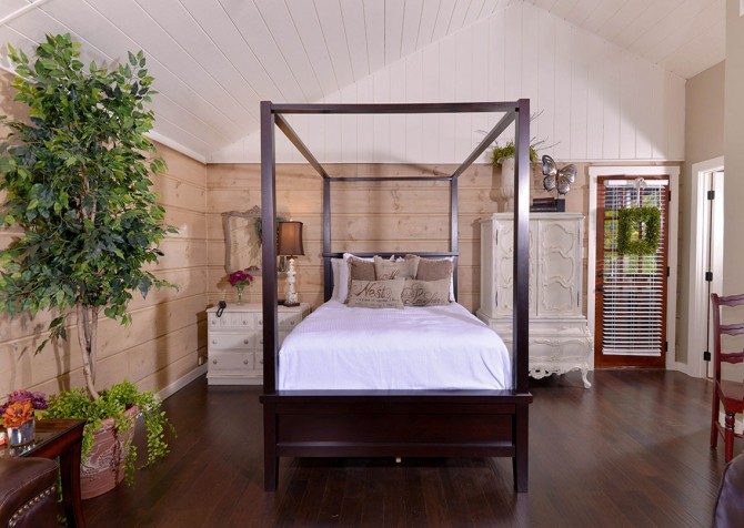 Gatlinburg   Seclusion   Bedroom