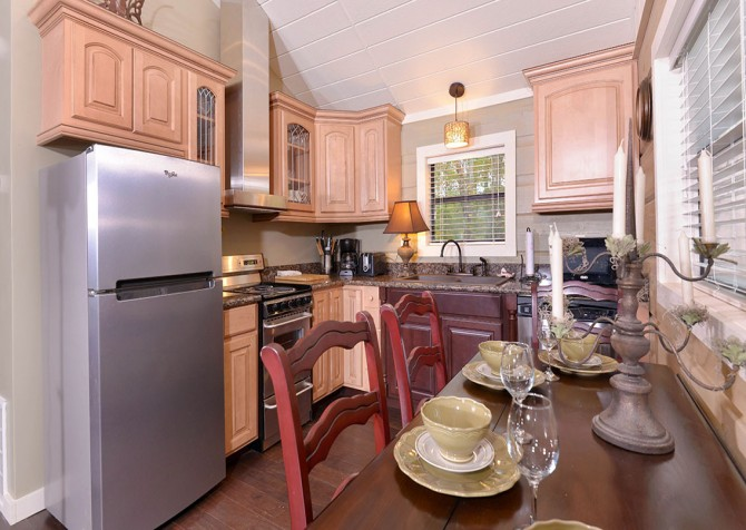 Gatlinburg - Seclusion - Kitchen and Dining