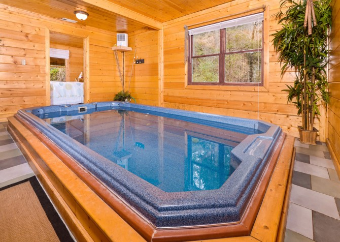 Gatlinburg Cabin - Skinny Dipping - Pool