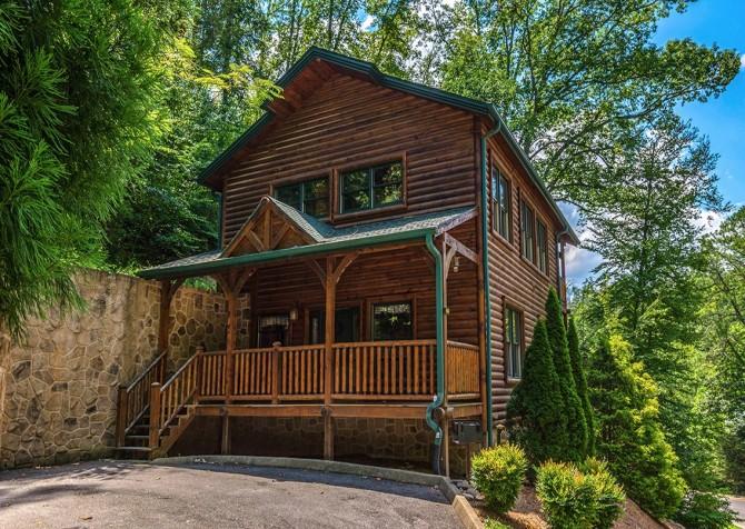 Gatlinburg Smoky Mountain Escape Exterior