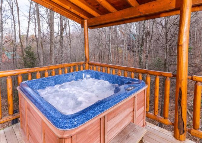 Gatlinburg Sweet Fantasy Hot Tub