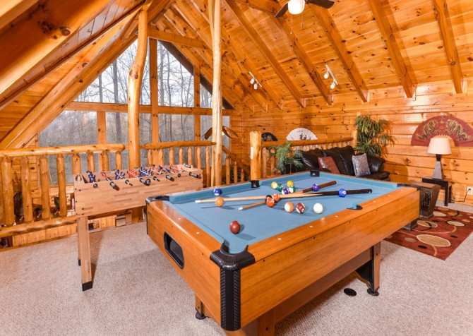 Gatlinburg Sweet Fantasy Recreation Room