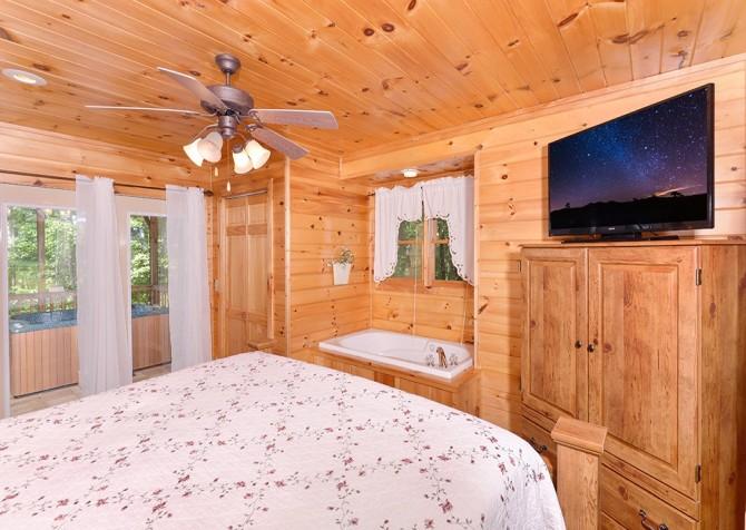 Gatlinburg Sweet Pickins Bedroom