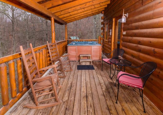 Gatlinburg Sweet Temptations Covered Deck
