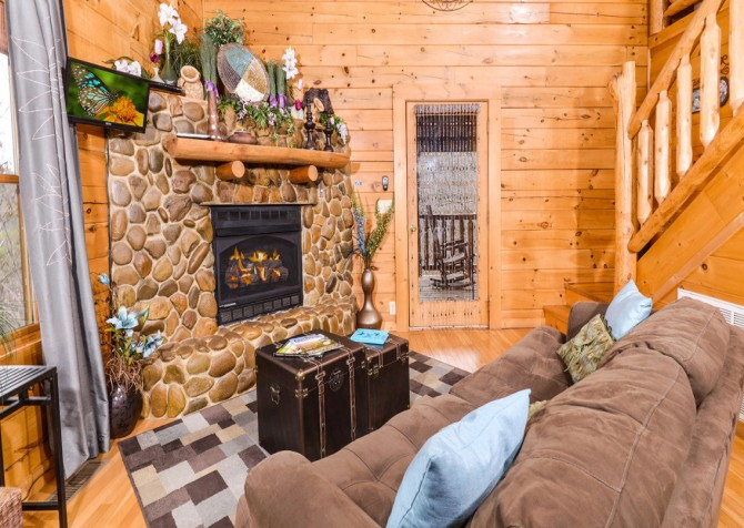Gatlinburg Sweet Temptations Living Room