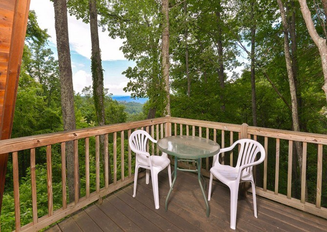 Pigeon Forge - The Raven's Nest - Deck Patio
