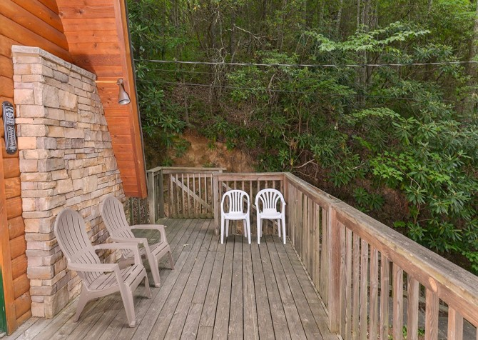 Pigeon Forge - The Raven's Nest - Deck Seating