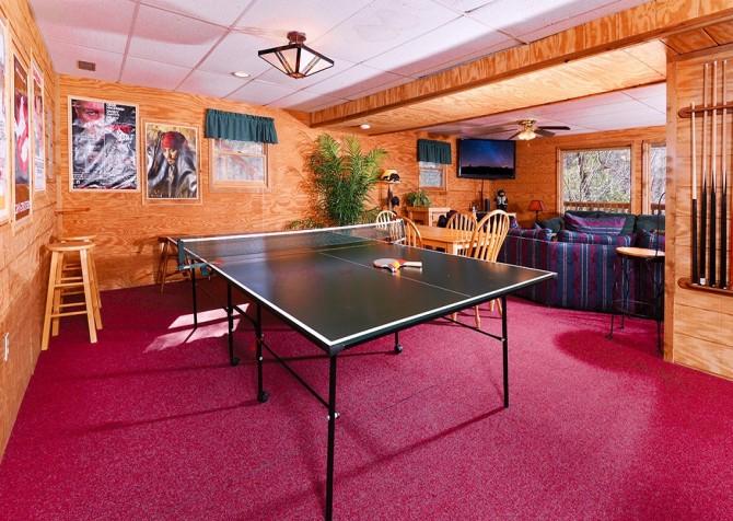 Gatlinburg The Smoky Mountain Lodge Recreation Room