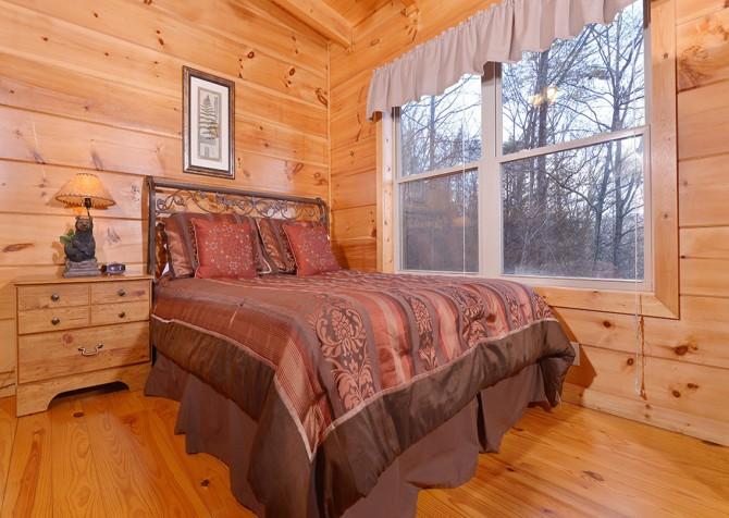 Gatlinburg The Vinson Bedroom