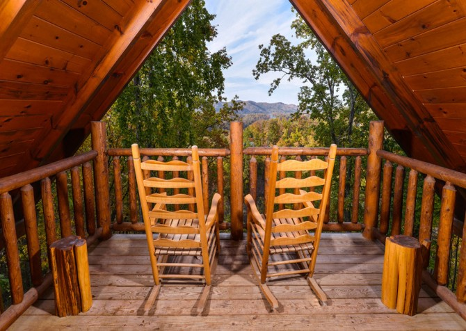 Gatlinburg Tree Tops Rocking Chairs