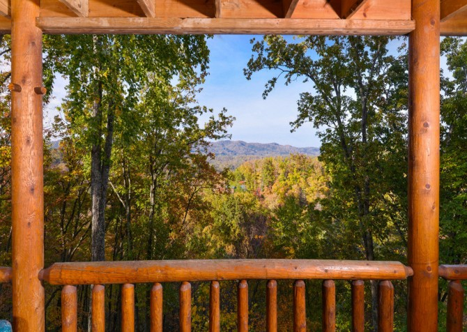 Gatlinburg Tree Tops Deck View