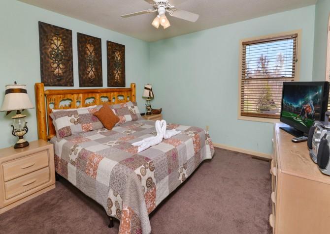 Gatlinburg - Sky High - Bedroom Three