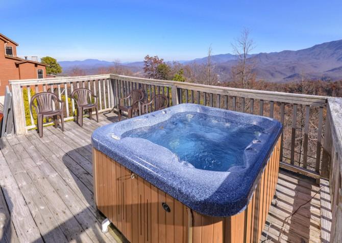 Gatlinburg - Sky High - Hot Tub