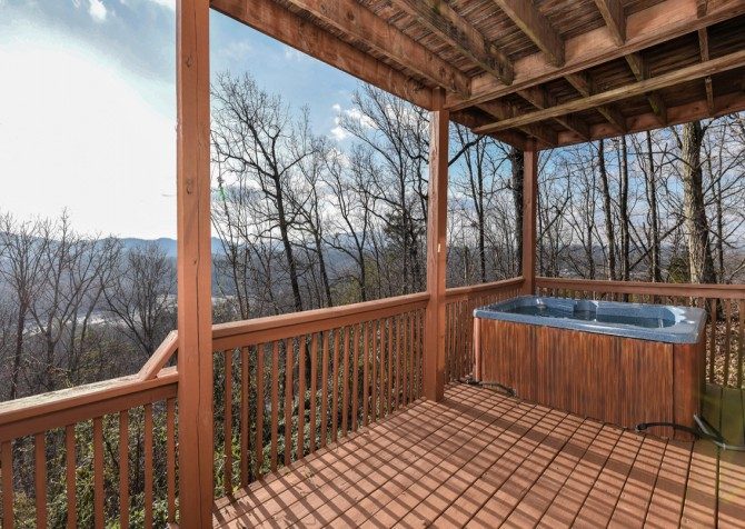 Pigeon Forge - Smoky View On the Rocks - Hot Tub