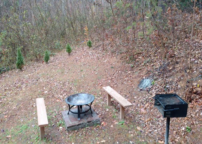 Pigeon Forge - Bear Crossing - Exterior Fire Pit