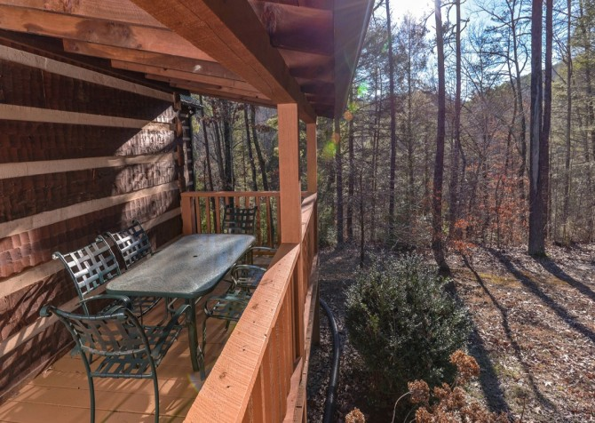 Pigeon Forge - A Sweet Retreat - Deck DIning