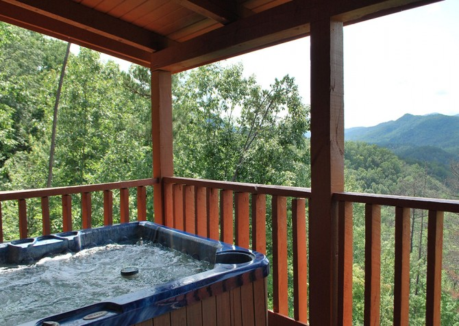 Pigeon Forge - A Walk in the Clouds - Hot Tub Temp