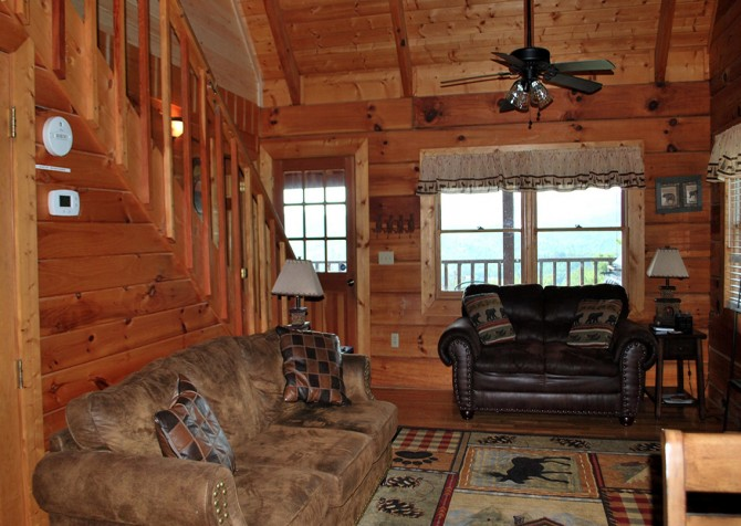 Pigeon Forge - A Walk in the Clouds - Living Room Temp