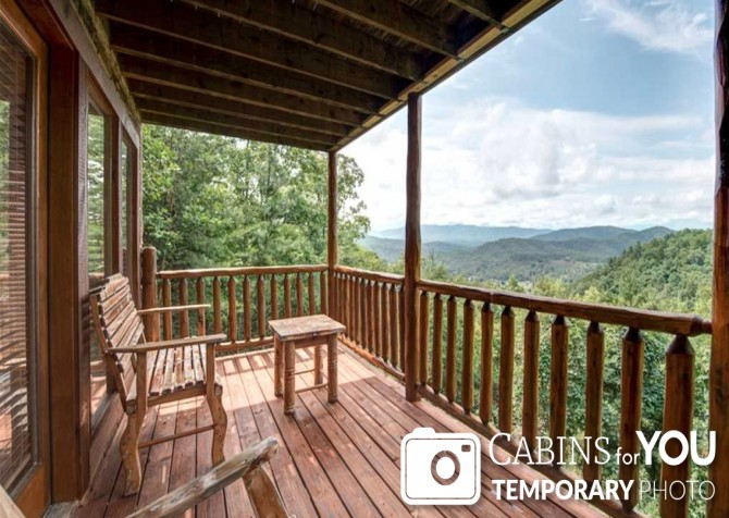 Pigeon Forge - Absolutely Perfect - Covered Deck Temp