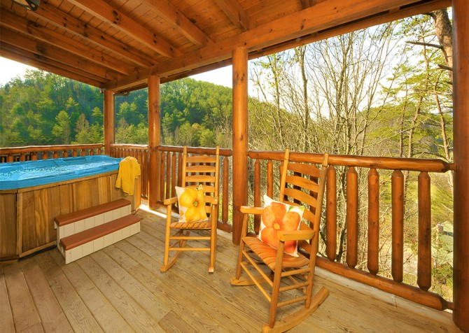 Pigeon Forge - Almost Heaven - Hot Tub