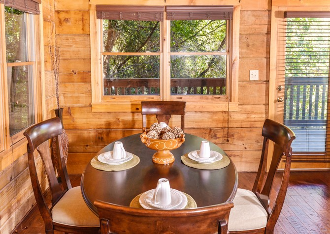 pigeon-forge-american-heartland-dining-4