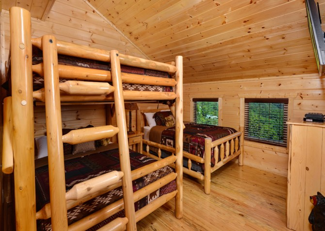 pigeon-forge-angel-heaven-bedroom-22