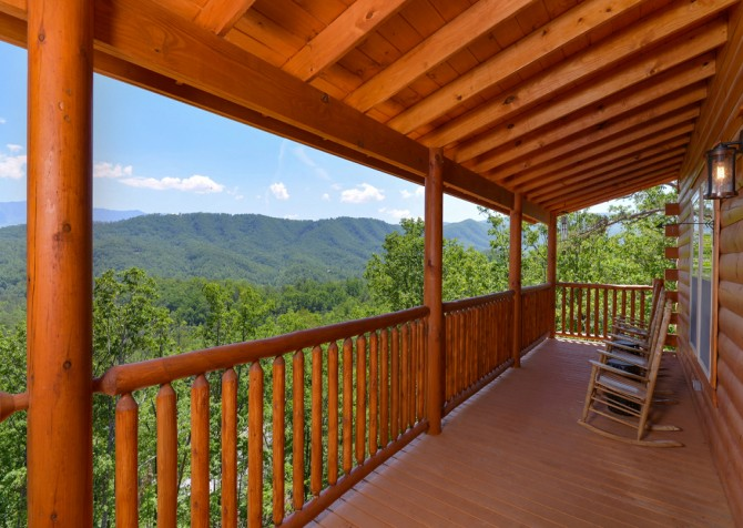 pigeon-forge-angel-heaven-exterior-25