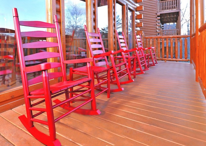 Pigeon Forge Cabin- Be Our Guest – Deck Rocking Chairs