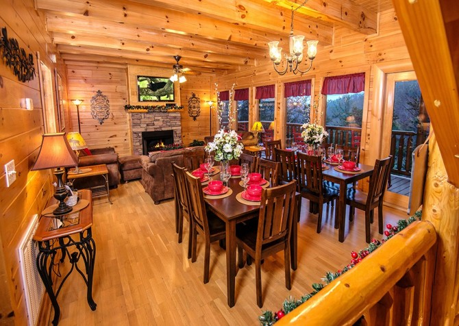 Pigeon Forge Cabin- Be Our Guest – Dining Area
